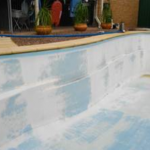 An example of fading of a fibreglass pool shell